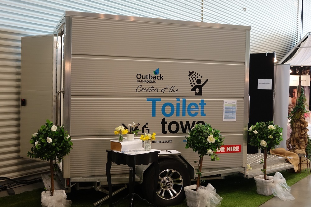 Portable toilets, shower units and bathrooms for hire or sale